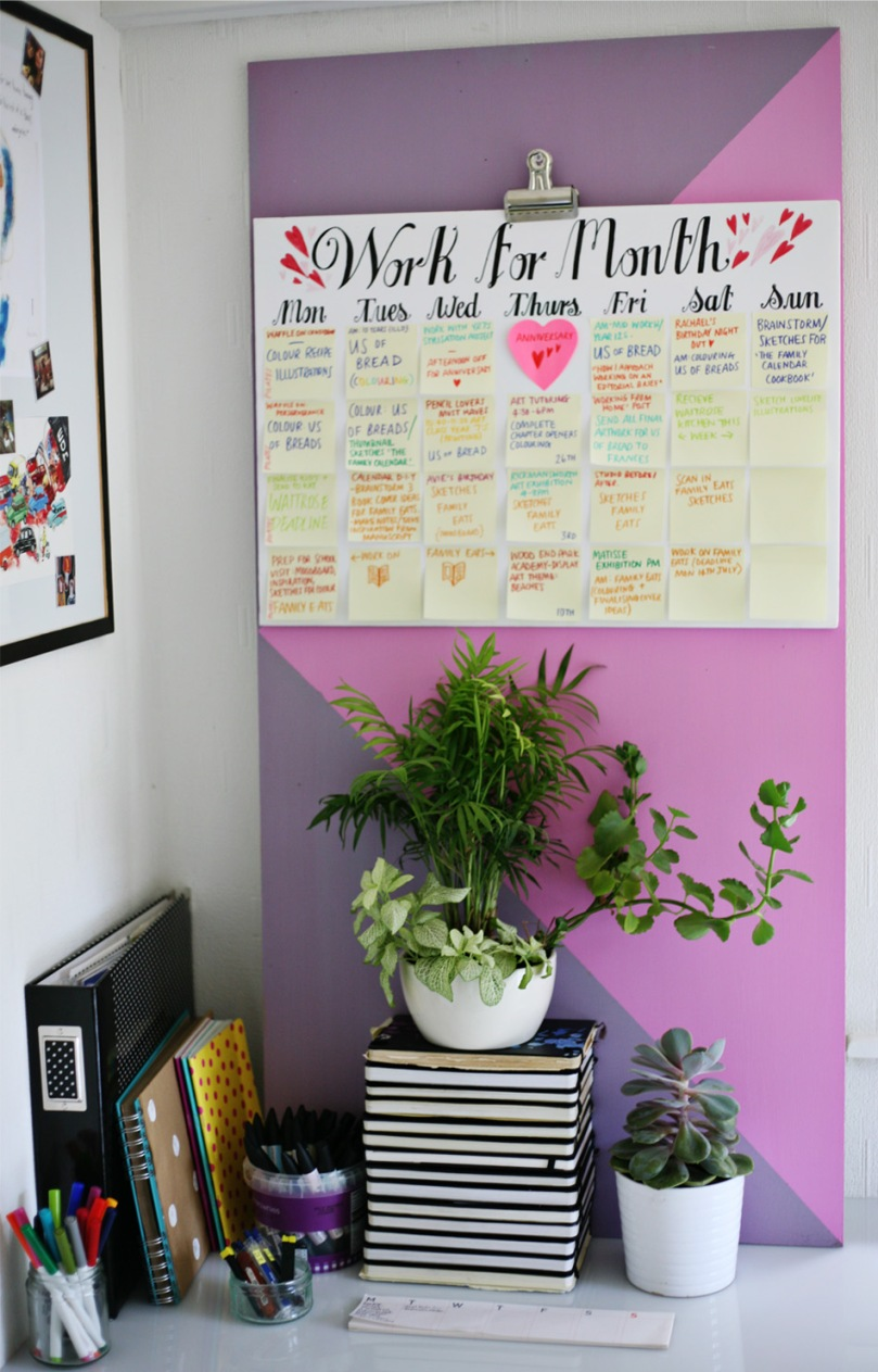 DIY-post-it-calendar-in-studio
